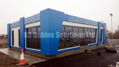 30 kccabinssolutionsltd portablecabin modularoffice prefabhomes prefaboffice modularbuilding portacabin  modularconstruction marketingsuite SteelFrameConstruction designandbuild propertymarketing  3-2.JPG